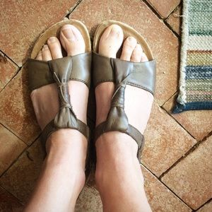 Merrell brown leather sling back Velcro sandals 7